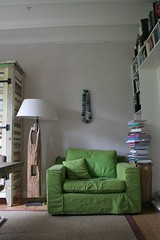 livingroom (Factor-Li) Tags: green lamp chair livingroom lampshade oldwood recycledwood sisalkarpet
