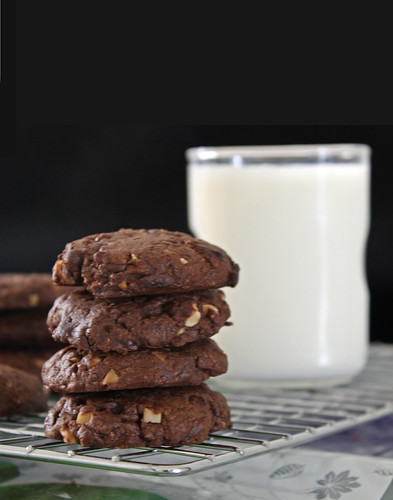 Double Chocolate Chips & Almonds Cookies