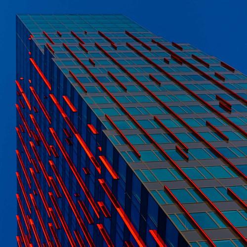 [フリー画像] 建築・建造物, 高層ビル, オランダ, ブルー, 201106221900