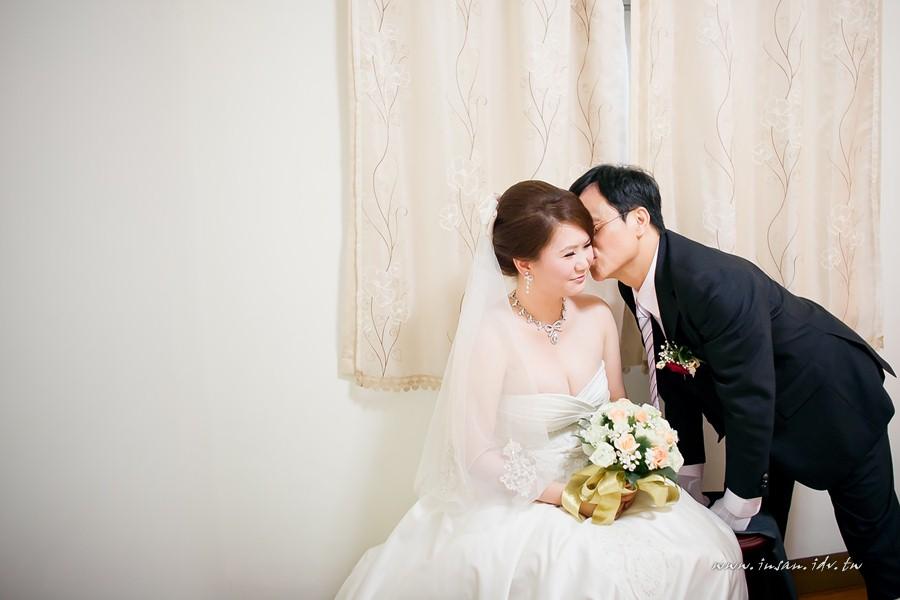 wed110507_437