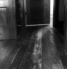 Three Lynx, worn floorboards in attic (Zeb Andrews) Tags: wood homes texture film oregon floor patterns memories wear domestic ilfordhp5 leftovers pacificnorthwest remnants oakgrove hasselblad500c bluemooncamera threelynx peoplelivedhereonce