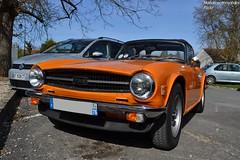 Triumph TR6 (Monde-Auto Passion Photos) Tags: voiture vhicule auto automobile triumph tr6 cabriolet spider orange france barbizon
