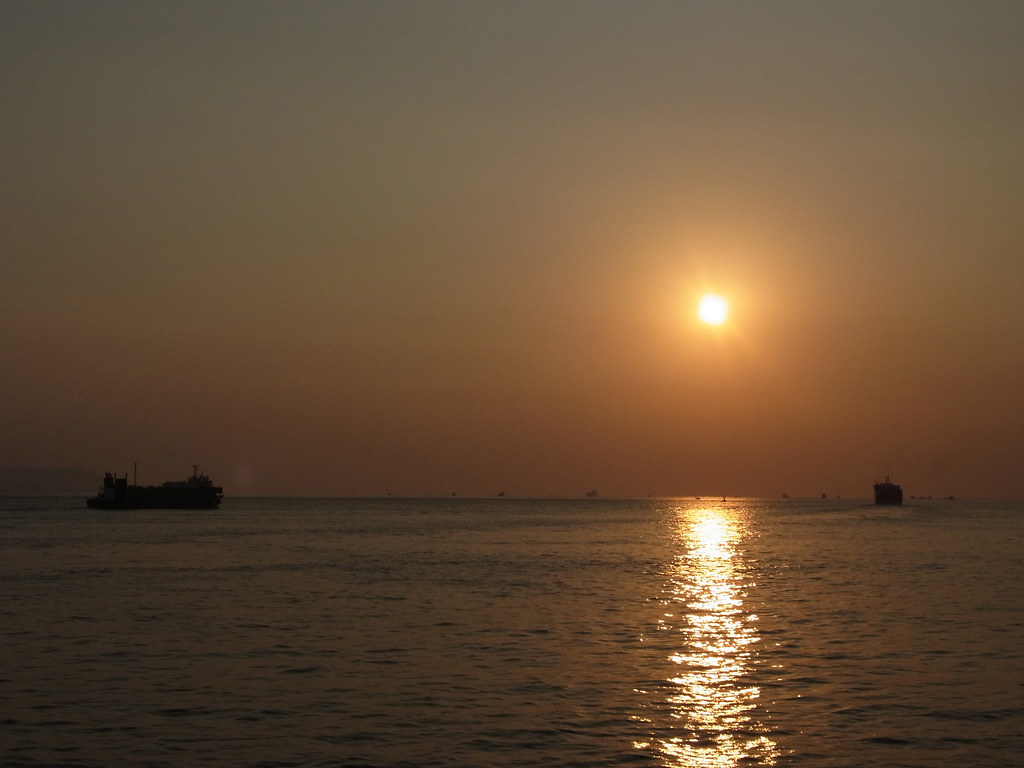 the sunset at the Akashi Strait