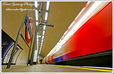 London Underground by david gutierrez [ www.davidgutierrez.co.uk ]