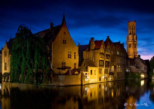 Brugge_At_Dusk