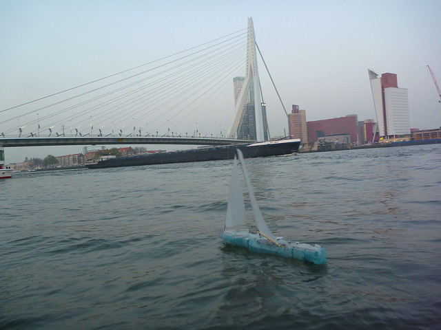 Protei 5.1 by Rotterdam bridge