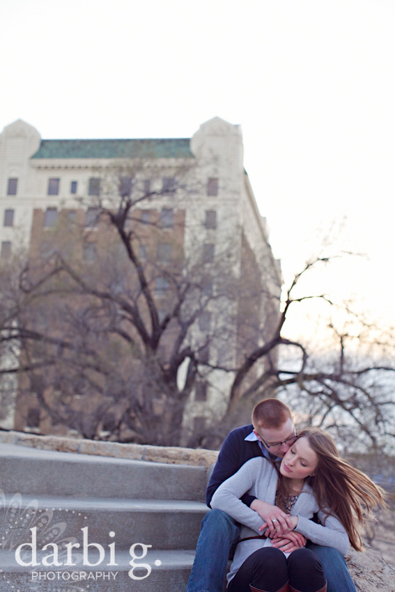 Darbi G Photography-kansas city wedding engagement photographer-BT-032511-114