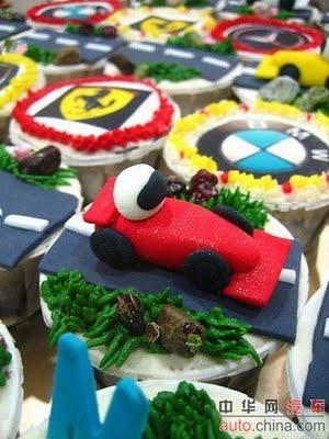 car_cakes_02