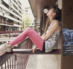 Feel the freedom (Nanihta (Sol Vzquez)) Tags: auto portrait espaa art sol girl photoshop photography freedom spain chica retrato sony autoretrato tights nike teen teenager bubblegum autorretrato  fotografa vazquez selbstportrt    vzquez nanah  nanihta
