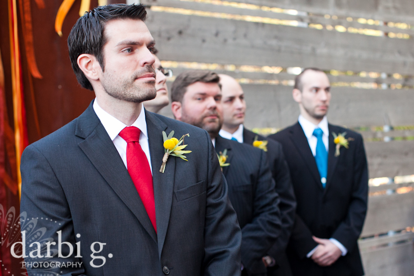Darbi G Photography-Kansas city wedding photographer-hobbs building-DarbiGPhotography-041611-CaitJeff-w-4-148