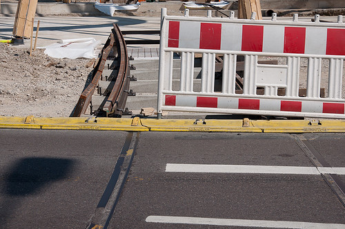 Kurze Zeit gemeinsam auf einem Bild: Alte und neue Gleise des »Cosima-Express«