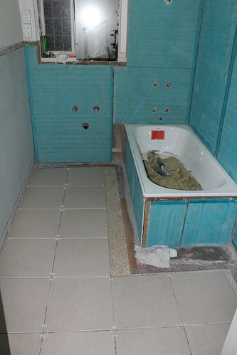 Bathroom Reno - Day 5 by anryan3215