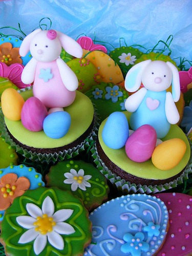 Easter cupcakes by bubolinkata