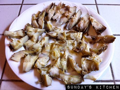 """Straccetti di vitello ai carciofi / Veal """"straccetti"""" (thinly sliced veal) with artichokes"""