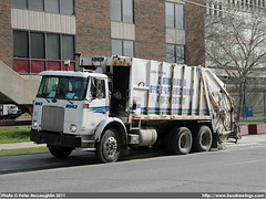260411-07038autocar2043 (busdrawings) Tags: white truck garbage cardboard recycling gmc autocar
