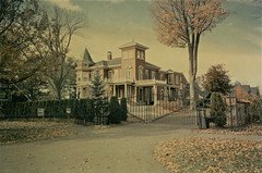 Stephen King's Residence I  Bangor, Maine - 1996 (steveartist) Tags: houses homes 1996 bangor maine stephenking residences oldhomes filmphotos antiquehomes strangephotos stevefrenkel analogphotos