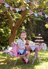 2 (*karly*) Tags: blue red white tree cakes garden children celebration british teaparty picknick royalwedding