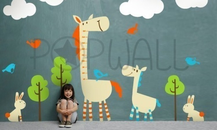 Removable Kids Vinyl Wall Decal Sticker Art - Tall Horse with Animal Grow Chart - 038