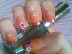 Basic floral glitter french mani