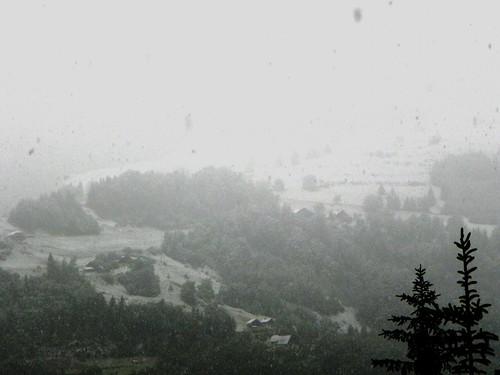 Neige sur les pentes d'Héry le 1er juin