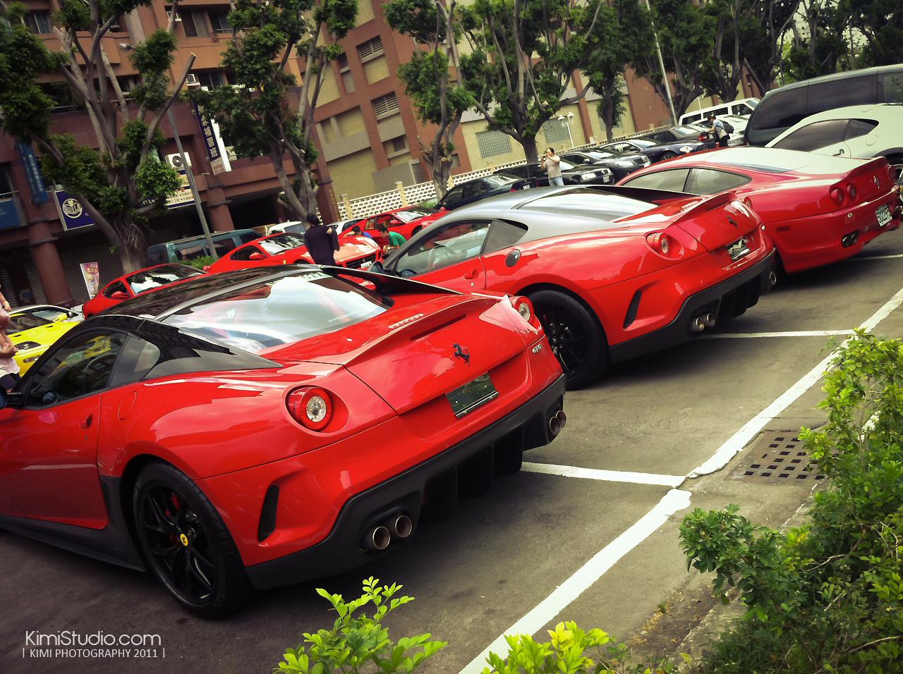 Ferrari 2011.06.10-008