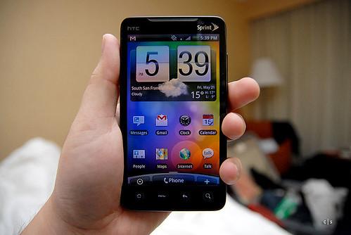 800px-HTC_Evo_4G