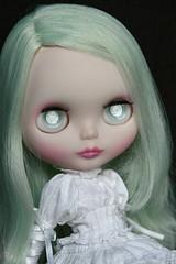 Sybilla has new hair!