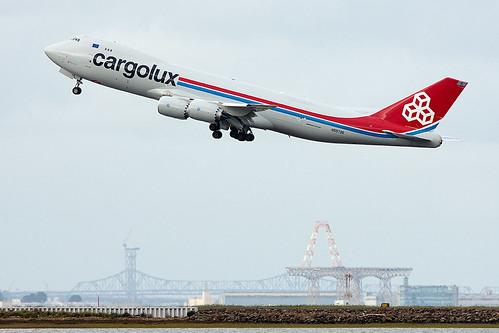 Cargolux Boeing 747-8F in Luxembourg 5560533344_4f05672ffc