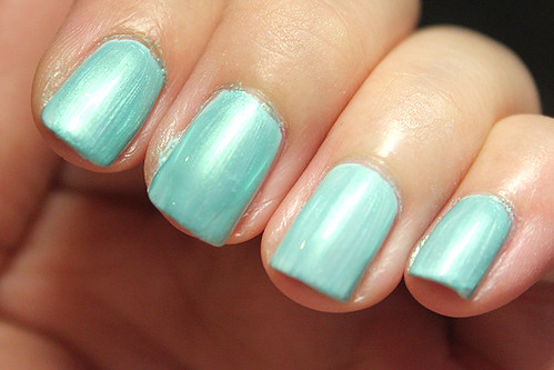 Essie Mint Candy Apple + Arezia #697