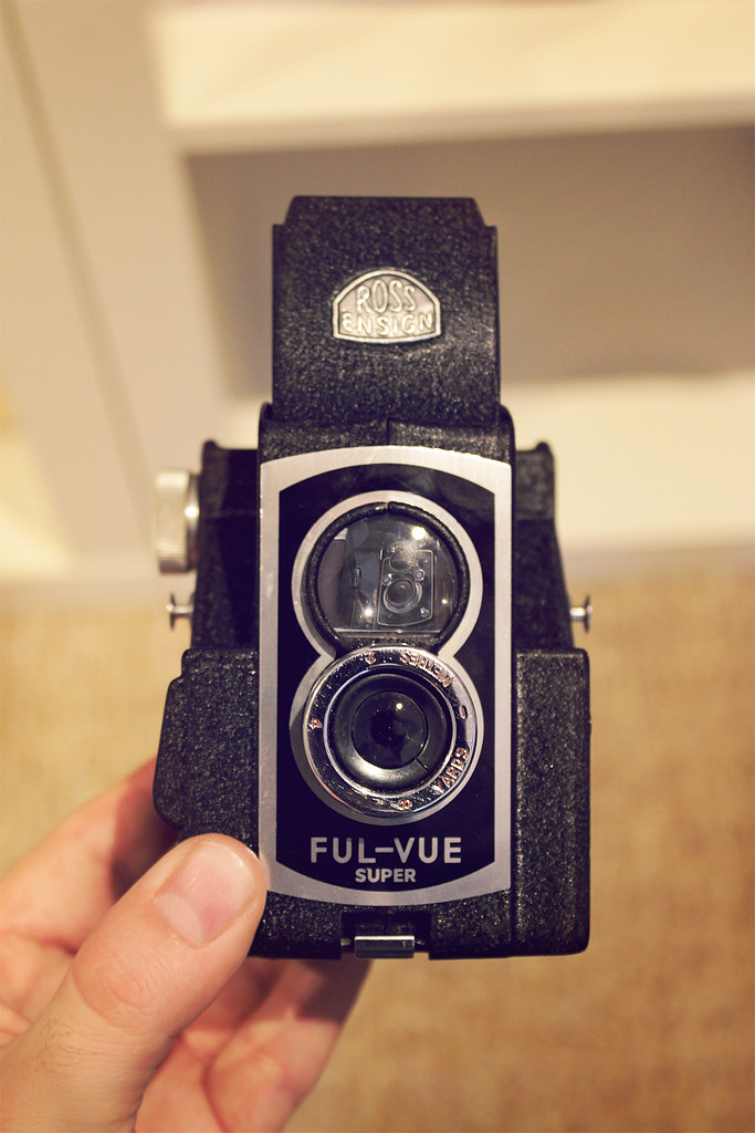 Ross Ensign Ful Vue TLR camera