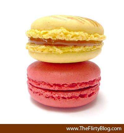 paulette-caramel-raspberry-macaron