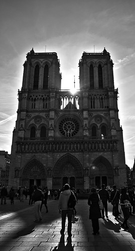 Notre Dame HDR BW