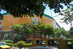 Elizabeth Mall (Cebu City) Tags: city streets cityscape philippines cebu sugbo roads cebucity visayas colon filipinos sugbu cebuano