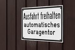 Week 15 - Signs (LenDog64) Tags: sign architecture germany europe european sony garage culture german april alpha 700 tamron lightroom 2011 a700 ausfahrtfreihalten tamronlens tamron1750 tamronspaf1750mmf28xrdiiildasphericalif lightroom3 sonya700 sonyalpha700 sony700 april2011