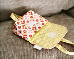 Picnic Wrist Pouch (Will Walk for Coffee) Tags: fairgrounds picnic sewing pouch wristlet denyseschmidt keykalou milkyrobot