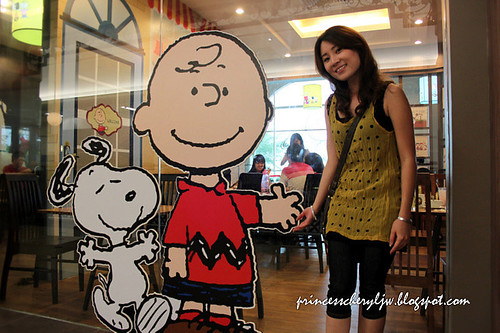 Charlie Brown Cafe 05
