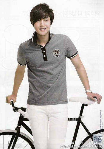 Kim Hyun Joong HANGTEN Ad on Ceci Magazine April 2011 Issue