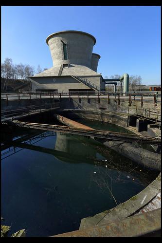 DE bochum emscher park 03 (an der jahrhunderthalle)