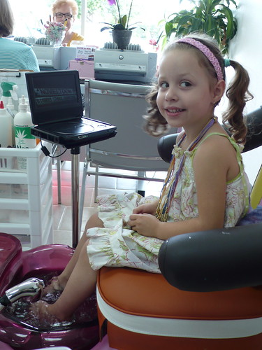 Daisy getting her first pedicure
