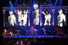 2011 Kylie Aphrodite Tour 28