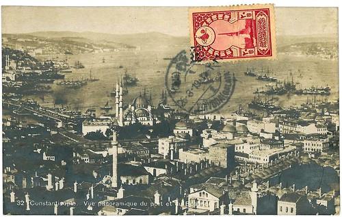 Istanbul, vue panoramique du port et du Bosphore en 1919