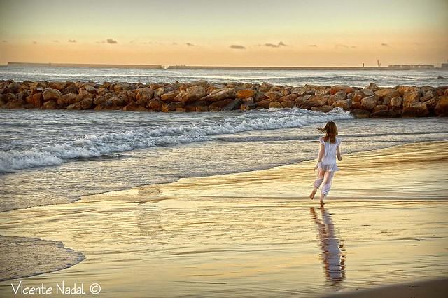 niña comunión playa amanecer 03 fotos nadal