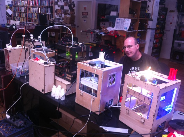 @gpvillamil with the noisebridge army of MakerBots