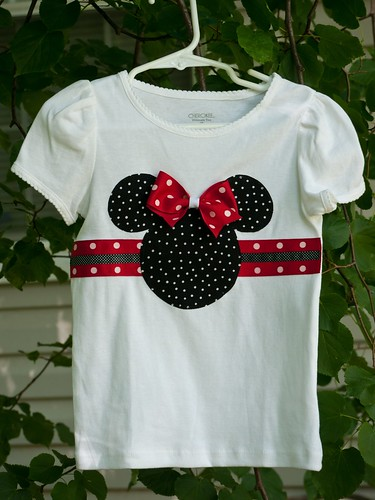 Minnie ribbon shirt