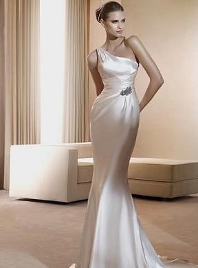 neckline 1 shoulder, asymmetrical bridal gown, wedding dresses, maryland, Pronovias Fiona