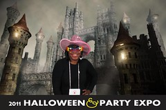 0067creepycastle (Halloween Party Expo) Tags: halloween halloweencostumes halloweenexpo greenscreenphotos halloweenpartyexpo2100 halloweenpartyexpo halloweenshowhouston
