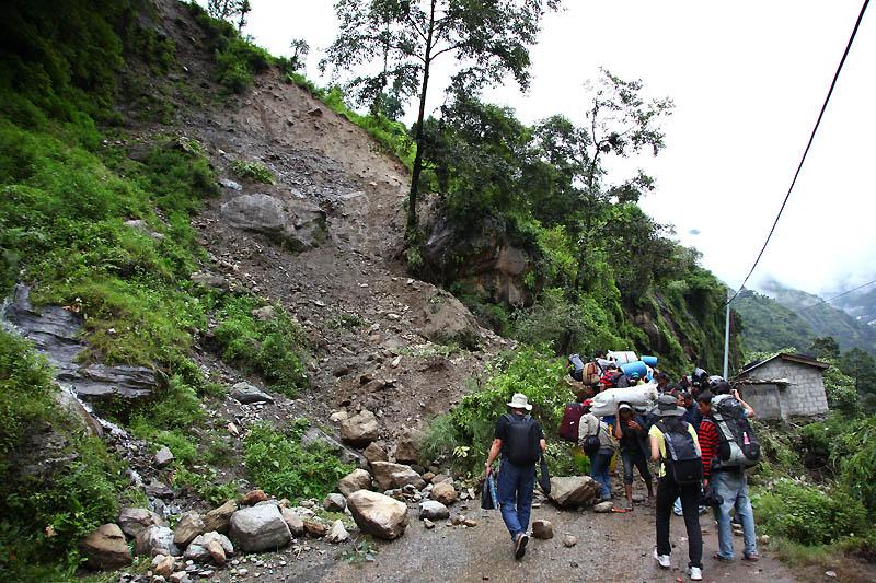 Landslide IMG_0500-w