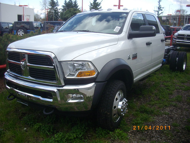 duty 5500 dodge ram heavy mapleridge