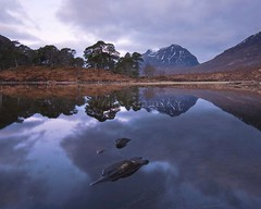 Still water (Mike Cumming) Tags: mountains dawn scotland highlands nikon bruce workshop lee percy gloaming torridon d300 liathach beinn eighe lochclair