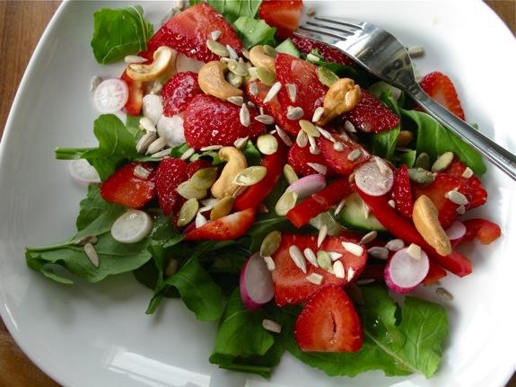 farmers market salad bruschetta 003